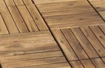 Holzfliesen Für Balkon, Terrasse Einfach Selbst Verlegen Auf Dem Balkon Holzfliesen Verlegen