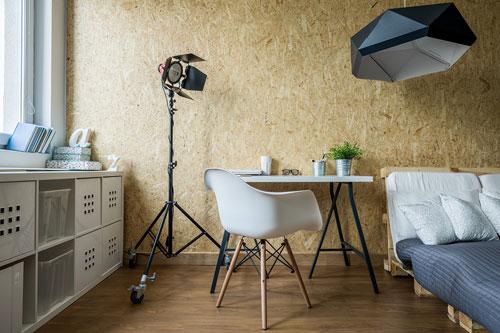 ein bett aus europaletten selbst bauen so wird es gemacht. Black Bedroom Furniture Sets. Home Design Ideas