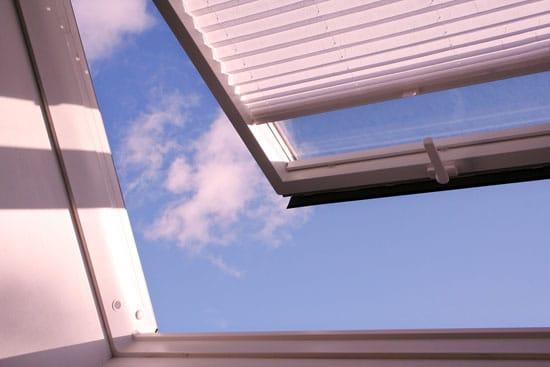 dachflaechenfenster-beschattung