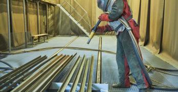 Sandstrahlen von Holz, Metall & Beton – Preise und Möglichkeiten